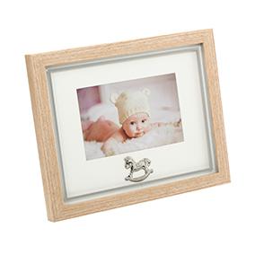 Vauvan valokuvakehys, puu 15 x 10 cm