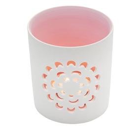 Valkoinen tuikkulyhty, kukka, vaaleanpunainen sisäpuoli